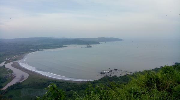A wide bay